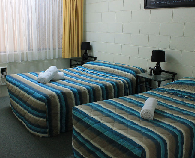 Cairns Holiday Accommodation Oasis Inn